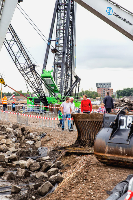 Rozenburgers zien Blankenburgtunnel graag komen: 'Straks zijn we in zeven minuten aan overkant'