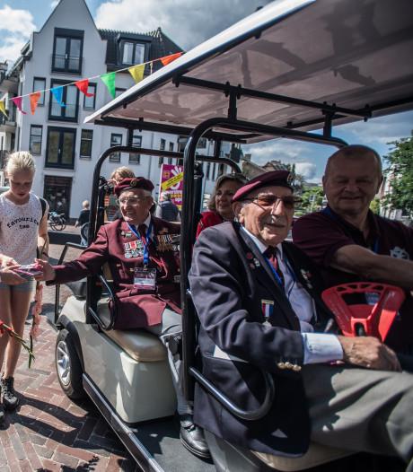 Zes tot acht hoogbejaarde veteranen en recordaantal deelnemers verwacht bij Airborne Wandeltocht