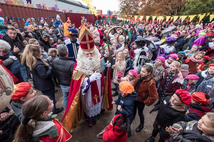 Sinterklaas wachtte in Groesbeek een warm welkom.