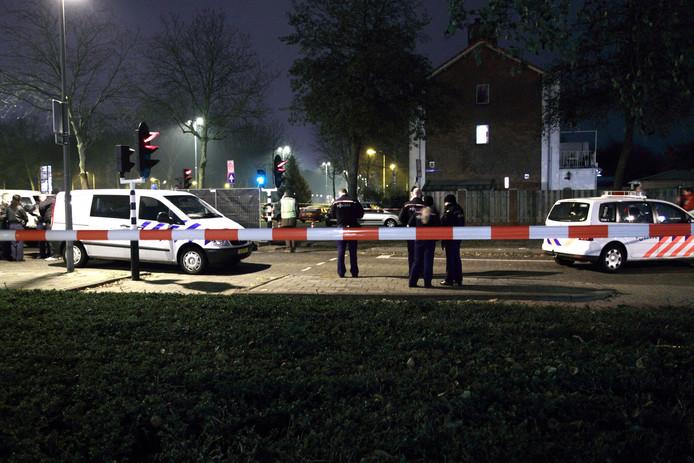 In 2010 werd de woning van een Eindhovense drugscrimineel onder vuur genomen. Het gerechtshof stuurt hem nu alsnog de cel in voor witwassen.