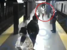 Une femme survit après avoir été poussée sous une rame de métro à New York