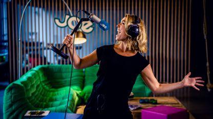"""Evi Hanssen praat in nieuw radioprogramma met Stef Bos: """"Verplicht gerepatrieerd uit Kaapstad"""""""