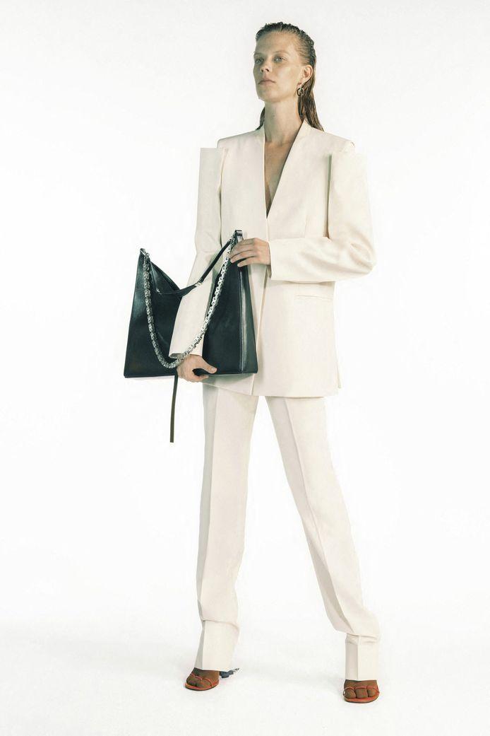 La collection Givenchy prêt-à-porter Printemps-Eté 2021.