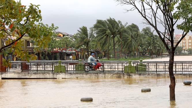 Minstens 16 doden door aardverschuivingen na tyfoon in Vietnam