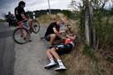 Brent van Moer zat in de kopgroep, maar viel en moest opgeven.