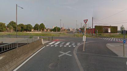 Man onwel na ongeval aan Van Praetbrug