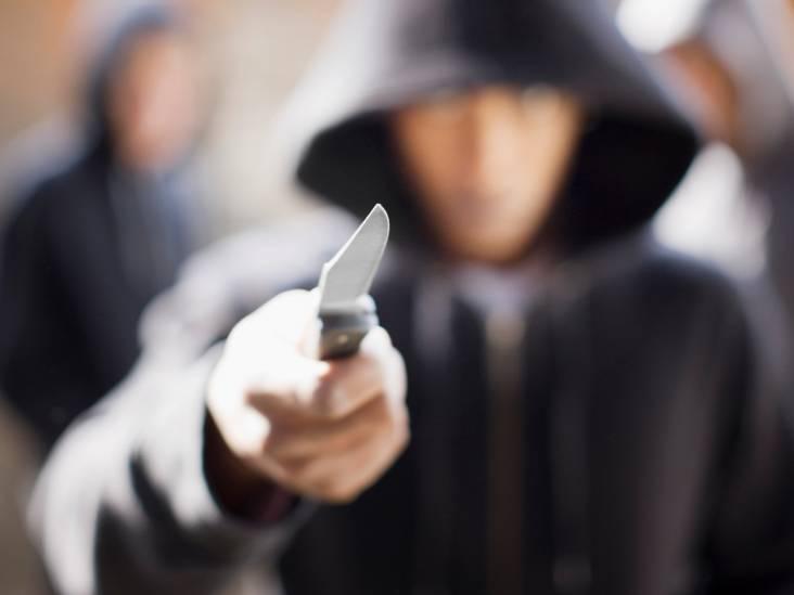 Jongen (16) snel na straatroof met mes aangehouden in Tilburg