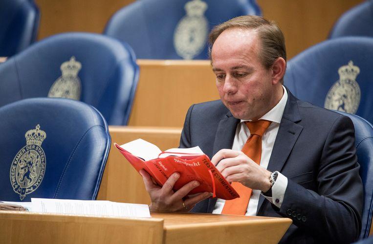 Kees van der Staaij (SGP) tijdens een Kamerdebat in 2016. Beeld Freek van den Bergh / de Volkskrant