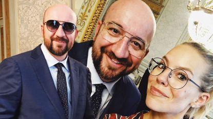 """De premier brilt voortaan Belgisch: """"Een uur monturen bekeken en gepast. En zijn vrouw heeft mee beslist"""""""