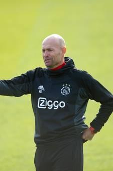 'Trainer van Ajax ligt altíjd onder een vergrootglas'