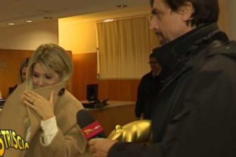Wanda kreeg vorige week de zogenaamde 'tapir' uitgereikt van de satirische tv-show 'Striscia la notizia' omwille van haar omniprésence.