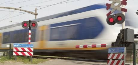 Geen treinen tussen Breda en Roosendaal vanwege ongeluk met persoon bij Hoeven
