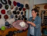 Marleen Mangnus uit Tilburg maakte hoeden voor Prinsjesdag