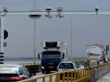 Vertraging voor snelheidscontroles op Zeelandbrug en rondweg Sluis