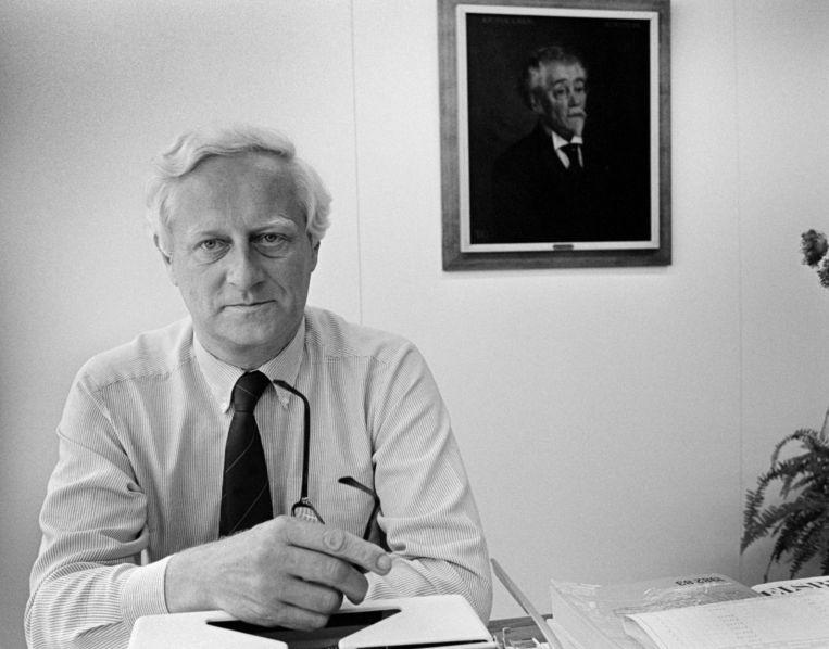 André Spoor, hoofdredacteur van de avondkrant NRC Handelsblad, zei bij zijn afscheid in 1983: 'Een journalist die met opgeheven vinger door de wereld trekt, belemmert zijn eigen uitzicht.' Beeld Vincent Mentzel