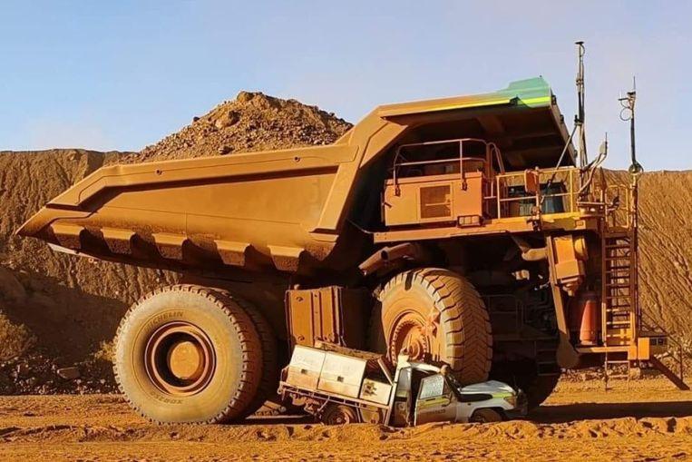 Mijn-trucks zijn tot meer dan 10.000 pk sterk, hebben wielen van vier meter doorsnee en wegen meer dan een Boeing 747.