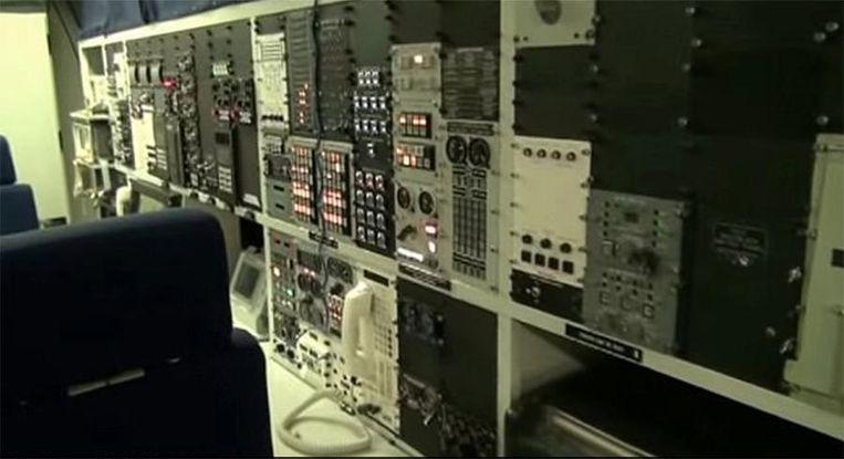 De president kan zelfs communiceren met de bemanning van zijn onderzeeërs.