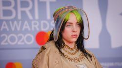 """Billie Eilish geen fan van paparazzi: """"Ik begrijp hoe beroemdheden gek worden"""""""