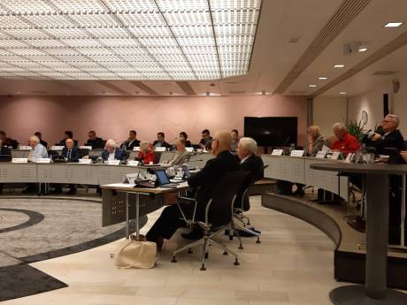Financiële crisis bij gemeente: 'Hellevoet is de weg echt kwijt'
