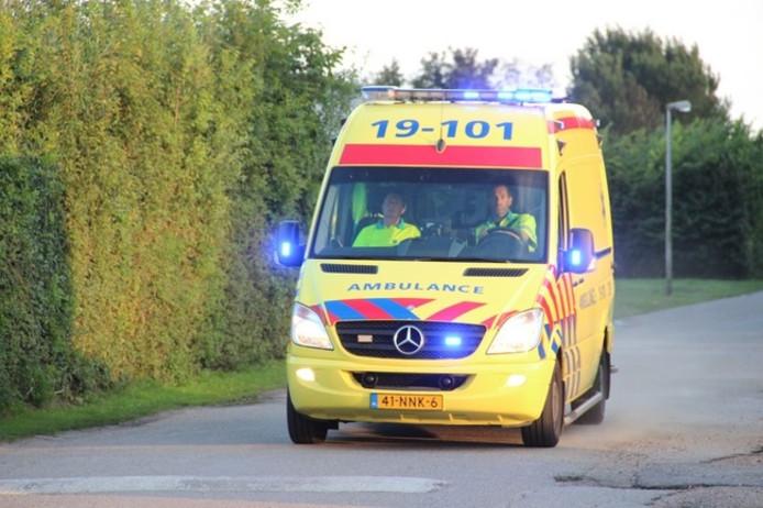 Fietsster gewond na aanrijding door zware regenval in Harderwijk.