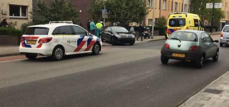Aanrijding tussen maaltijdbezorger en auto in Enschede