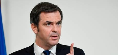 """Le délai entre les deux doses maintenu à """"3 ou 4 semaines"""" en France"""