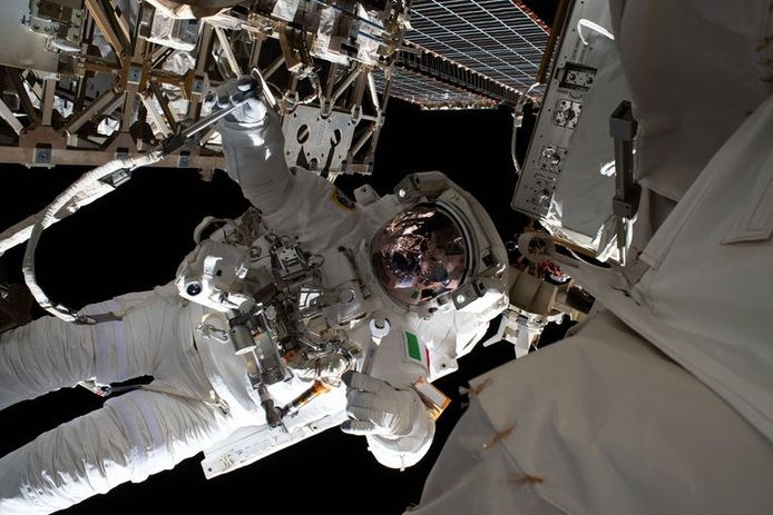 L'astronaute Luca Parmitano lors d'une sortie dans l'espace à l'ISS en janvier 2020 (illustration).
