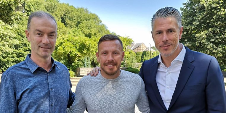 Youth Director Jean Kindermans, Craig Bellamy en sportief directeur Michael Verschueren.