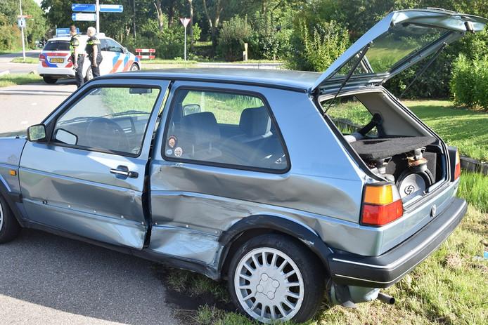 Beide auto's liepen flinke schade op