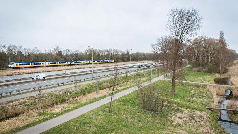 De Haarlemmerweg ter hoogte van Osdorp, waar de weg de stad inkomt Beeld Dingena Mol