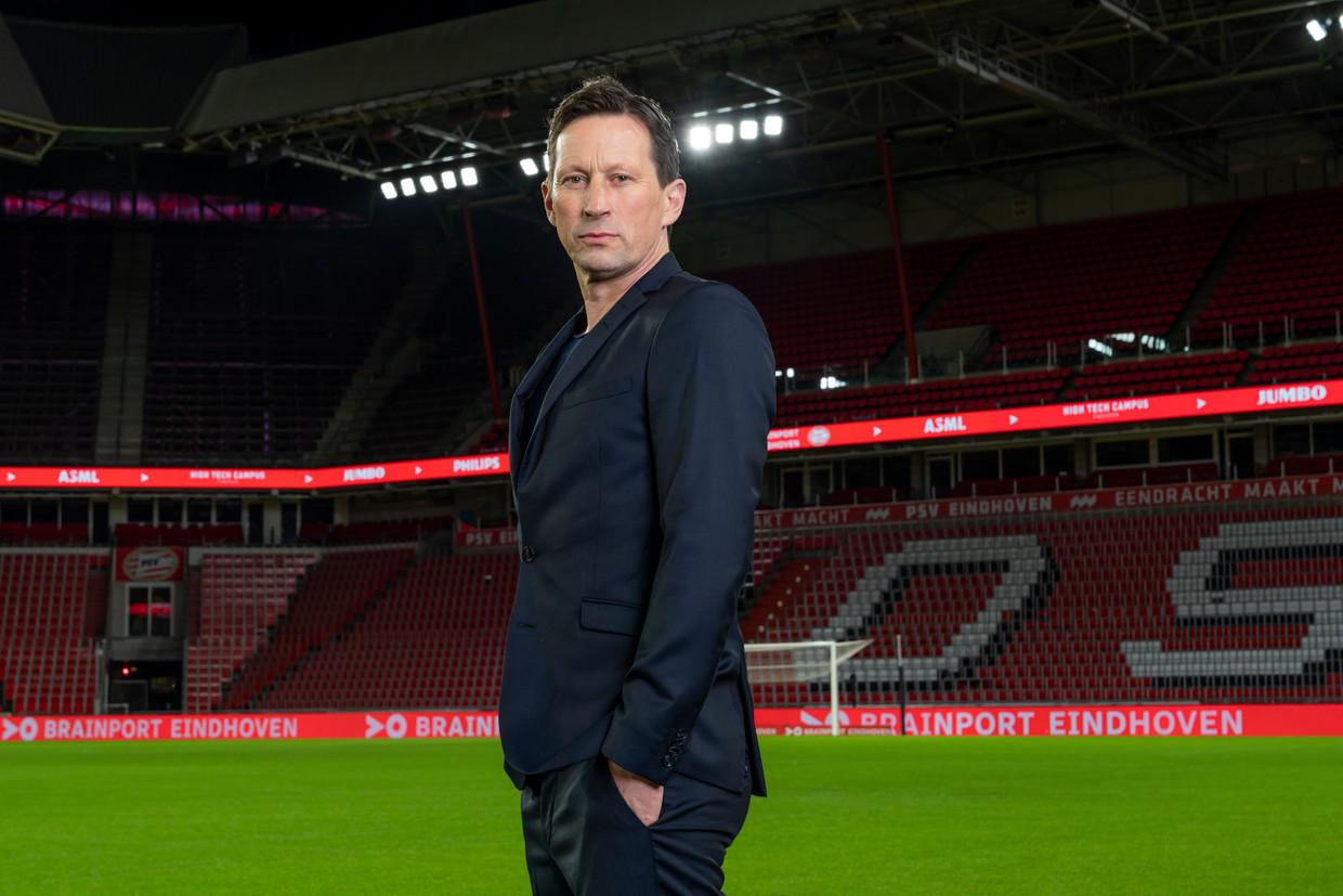 De Duitse voetbalcoach Roger Schmidt tijdens zijn presentatie in het PSV-stadion in maart. Beeld Getty Images