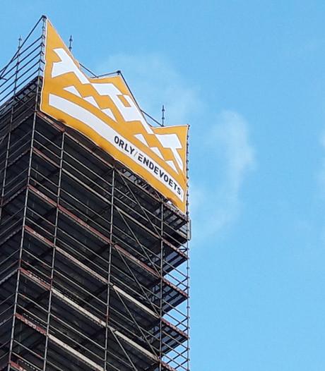 Hij is gekroond: de Tilburgse BeKa-schoorsteen