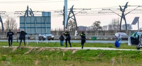 Taxichauffeur beleefde horror-rit met ontsnapte tbs'ers naar Gelderland