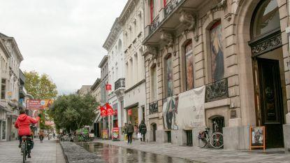 """""""Waarom duur studiebureau nodig om toekomst Salons te bepalen?"""": oppositie stelt vragen bij zoektocht nieuwe bestemming stadsgebouw"""