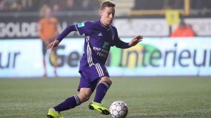 """Moet Vanhaezebrouck beroep blijven doen op de Anderlecht-jonkies? """"Eerst nieuwe leiders, anders verbrand je ze"""""""