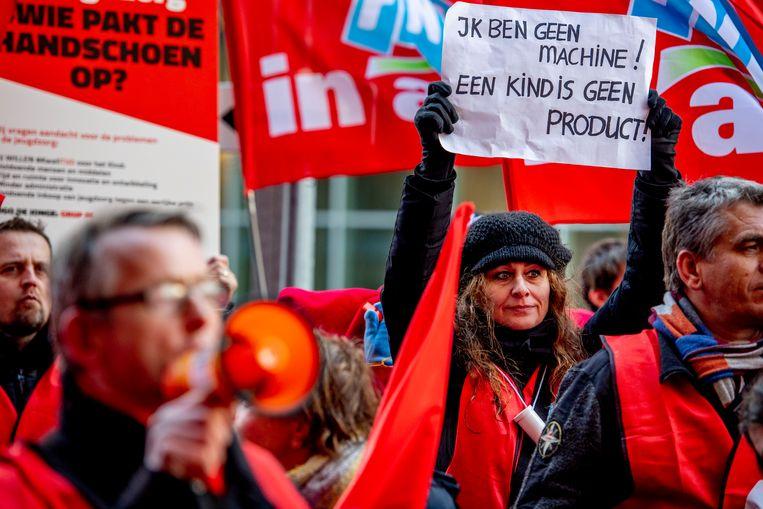 Jeugdzorgwerkers demonstreren tegen het kabinetsbeleid, januari 2019.   Beeld ANP