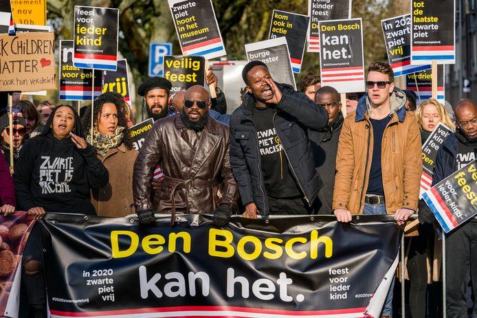 Schijndel ontloopt een actie tegen Zwarte Piet, zoals vorig jaar in Den Bosch.
