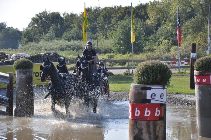Hans Goedhart in actie tijdens het Nederlands kampioenschap in Gaasterland.