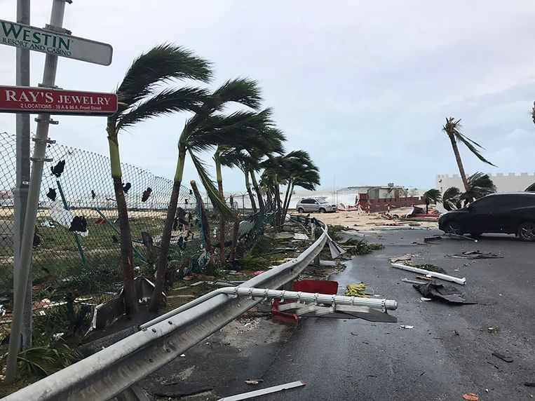 Verwoesting aangericht door orkaan Irma op het Franse gedeelte van het eiland. Beeld AP