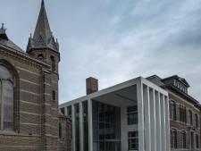 DomusDela Eindhoven krijgt publieksprijs 'gebouw van het jaar' 2020 van architectenbond