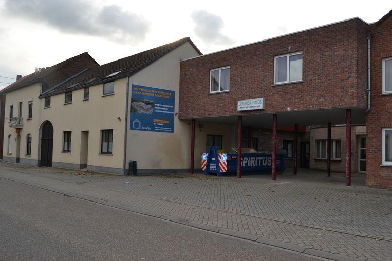 De plaats waar het asielcentrum wordt gepland.