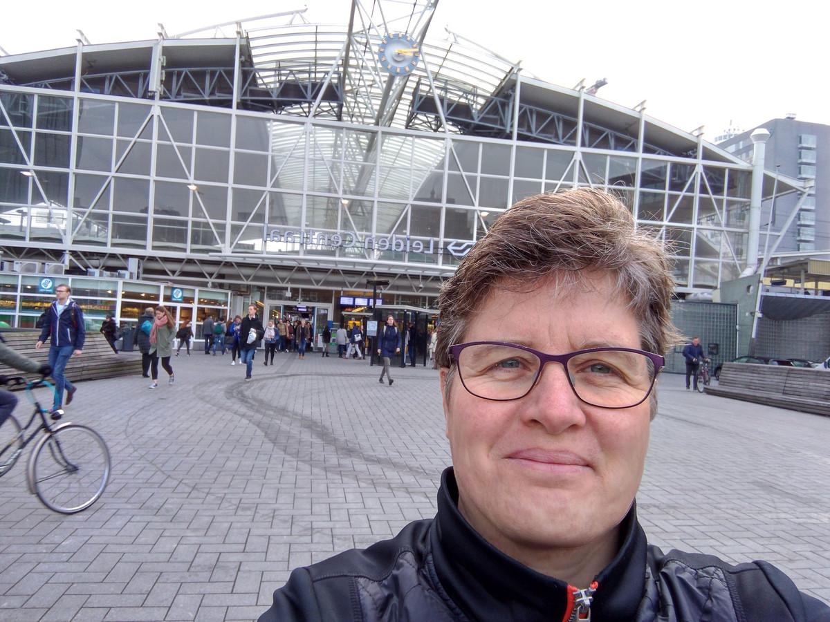 Mirjam Klever (52), bloemiste die 20 kilometer liep naar haar werk op Wandel naar je werk-dag