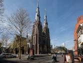 Pastores Eindhoven trekken zondag langs kerkpleinen voor de zegen