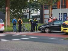 Fietser geschept door automobilist in Tiel