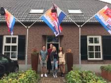 Vierdubbel  examenfeest in Boekels gezin
