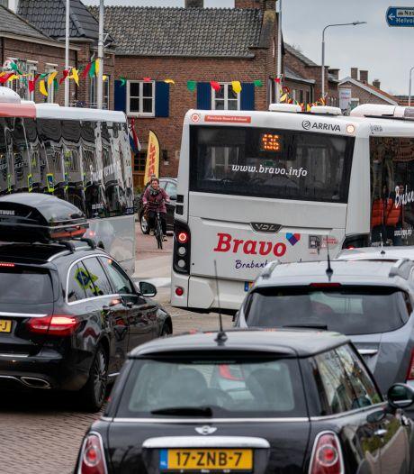 Bussen Vlijmen straks niet door Julianastraat maar over Vijfhoevenlaan