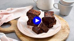 Dit is het makkelijkste homemade dessert voor chocoladelovers