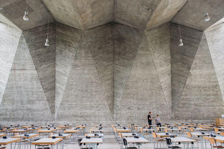 Bazel College of Art and Design en de Industrial Trade School door Hermann Baur.