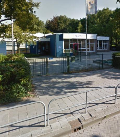 Nieuwbouw basisschool De Stappen in Wouw op losse schroeven