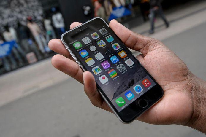 De Europese consumentenorganisatie Euroconsumers, waartoe ook Test Aankoop behoort, klaagt Apple aan voor ongeveer 180 miljoen euro in vier Europese landen.